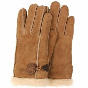NWT UGGs Bailey Gloves